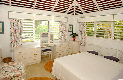 BEDROOM 4