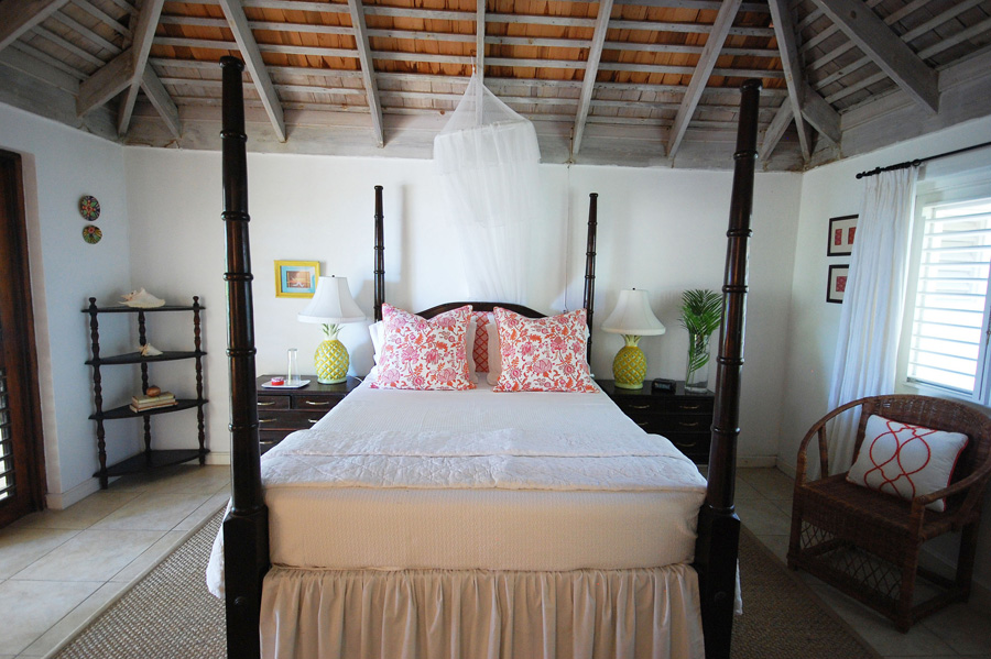 All bedrooms have quiet air conditioners, ceiling fans and Caribbean-style exposed rafter and beam high ceilings.