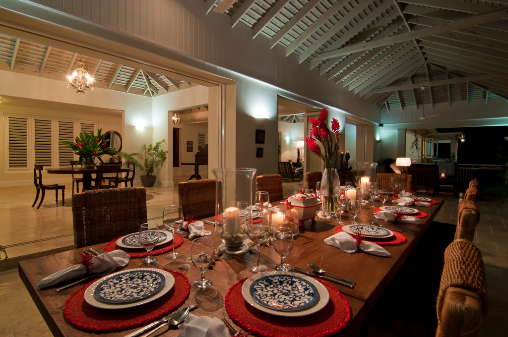 ... and lavish dinner parties here feature gourmet meals by talented Chef Knight.