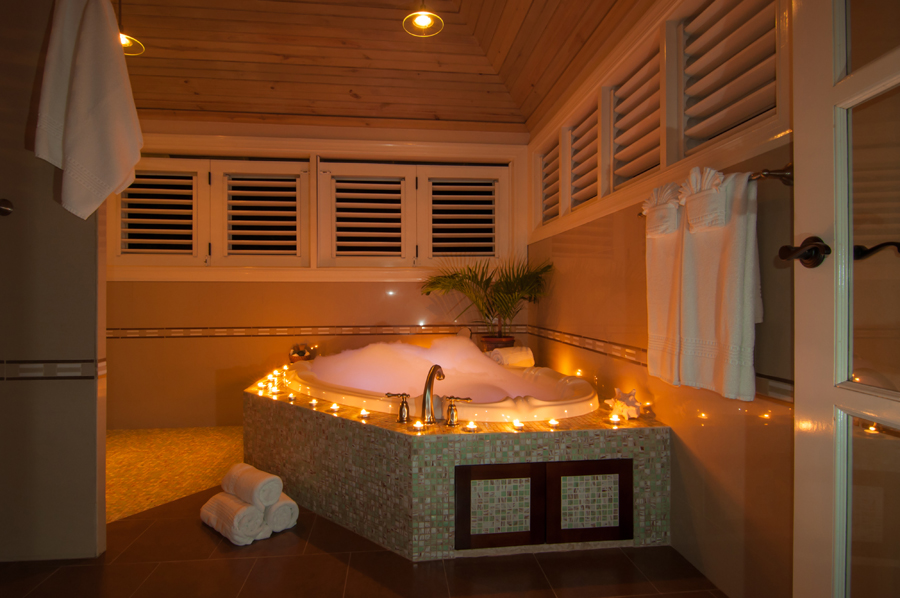 The west room's bathroom includes a luxurious Jacuzzi.