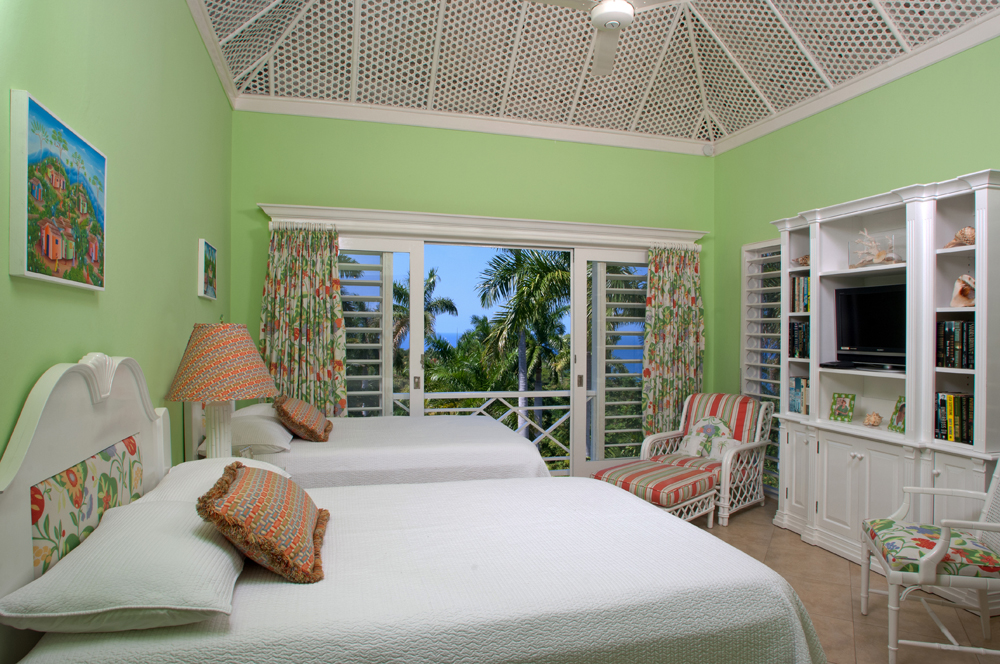 With families in mind, sleeping accommodations are a combination of king size, double and twin beds. (The twin beds can be converted to a king size.)