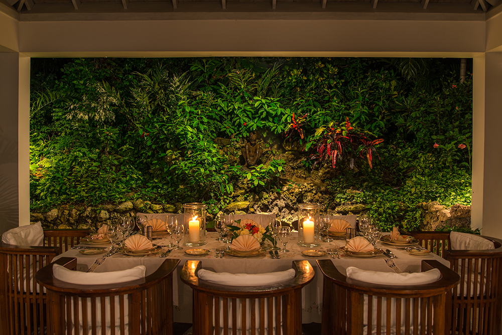 Linger long over candlelight dinners in the open-air sculpture garden ...