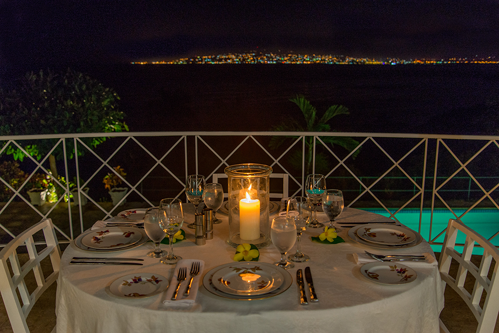 Or have an intimate dinner on the balcony with a light show every night.