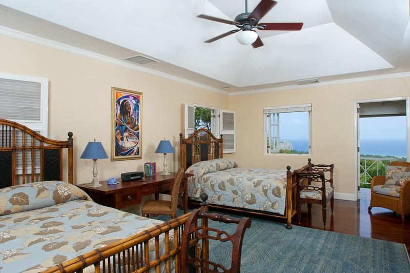 Each bedroom has two queen beds and en-suite bathroom ...
