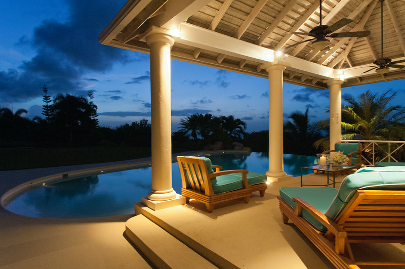 KENYAN SUNSET is a stunning 5-bedroom villa bordering the famous White Witch golf course.