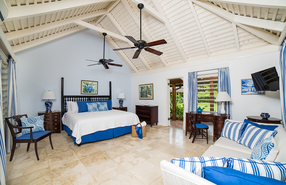 The Blue Room, also on cool marble floors, includes an interior hallway to a small back room with one queen bed for child, nanny or other adult. The connecting pocket door may be left open or