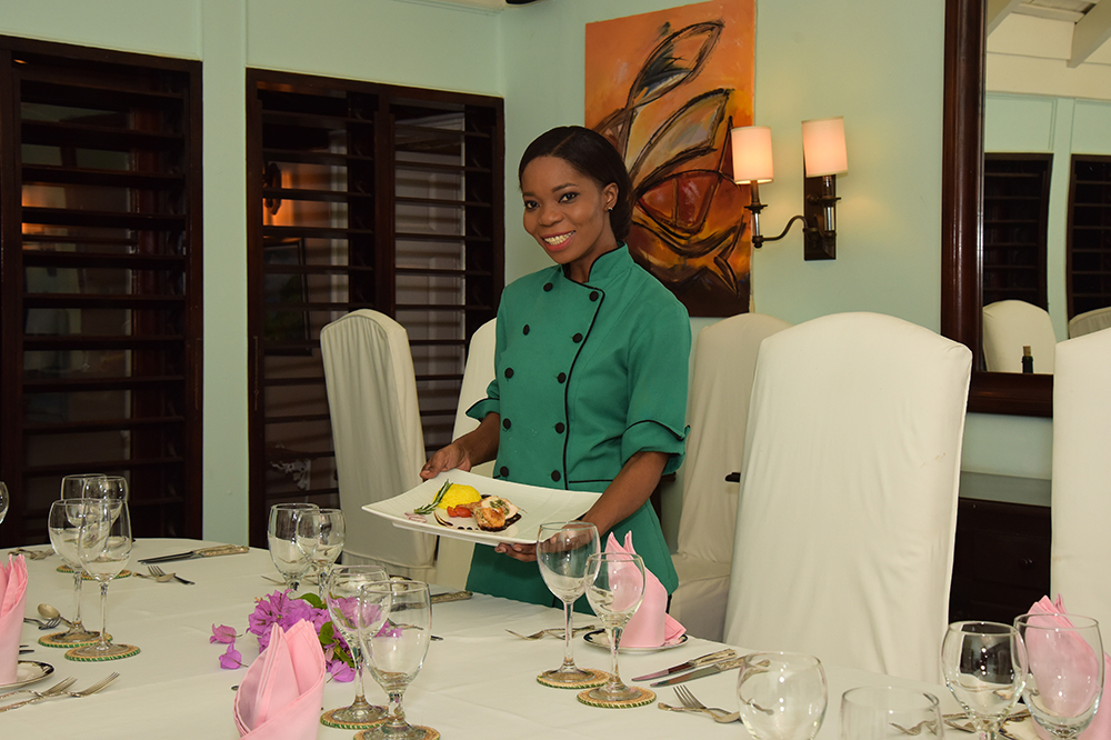 Chef Sherry Ann is a pleaser.  From Continental to Jamaican, hearty to vegetarian and vegan, sophisticated fare to chicken fingers for kids ... she can prepare meals for children and adults a