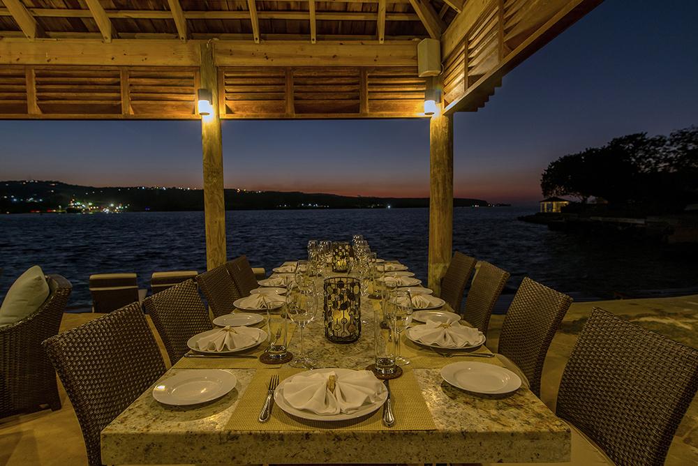 Gazebo Outdoor Dining