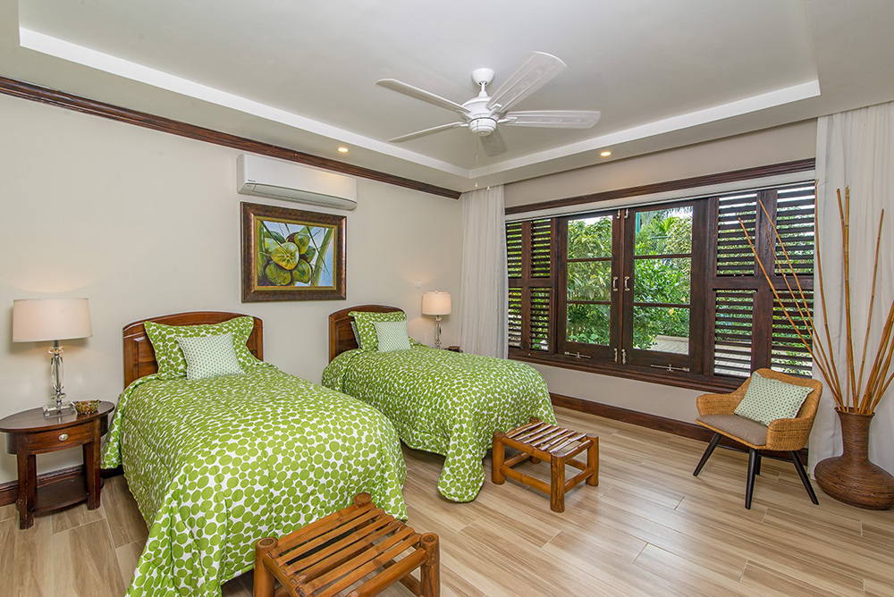 Annex - Coconut Bedroom (2 single beds can convert to king)