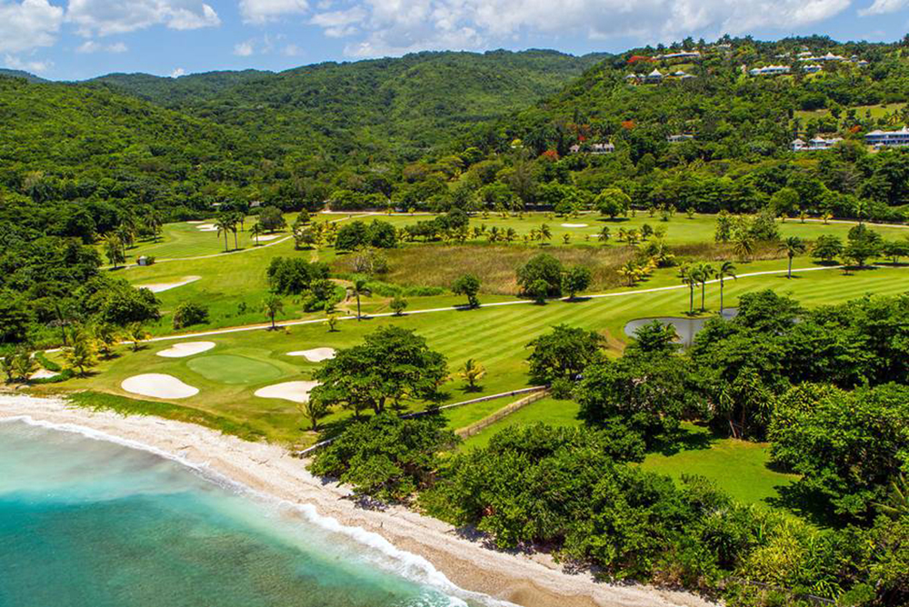 The excellent location is also convenient to many activities.  All the amenities of the  Tryall Club are just minutes away by complimentary golf cart.  Enjoy this renowned private resort.