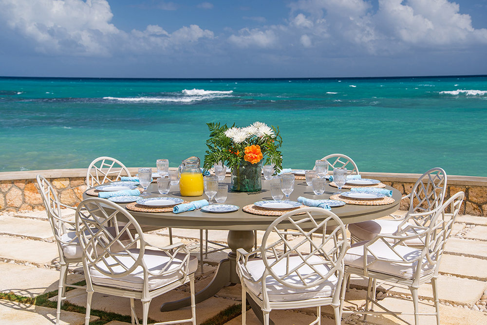 Choose your breakfast, lunch and dinner venues.  You can't go wrong!