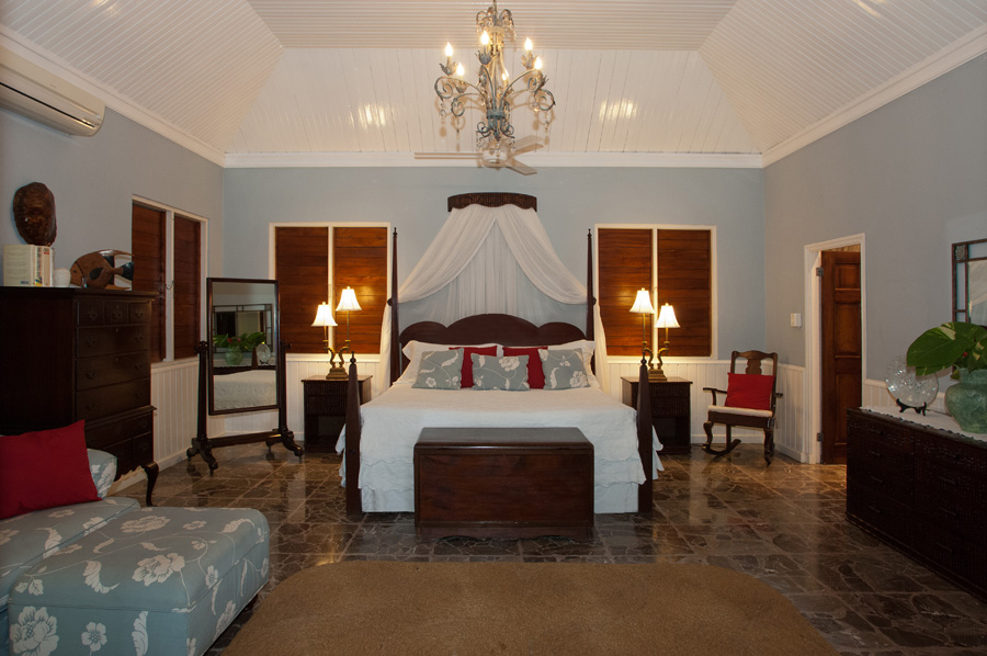 The 800-sq-ft Master Suite is at the east end of the verandah. This suite has a kingsize bed ...